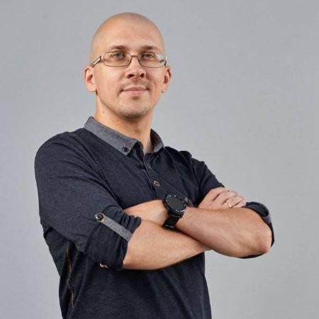 W12 ICO Michael Korneev