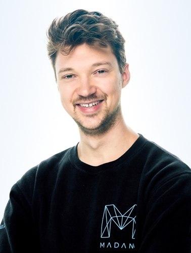 MADANA ICO Julian Schiemann